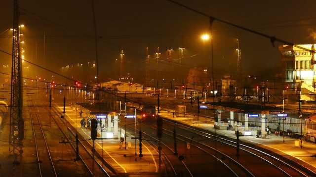 Nagyállomás, közlekedés, vasút