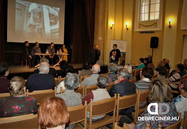 Tar Sándor: A lehetőség – bemutató beszélgetés a Déri Múzeumban