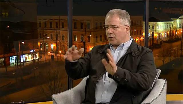Kósa Lajos a debreceni önkormányzati televízió műsorában