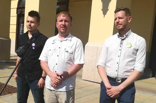 Szabó Bence  - Kőszeghy Csanád Ábel - Jármi Péter