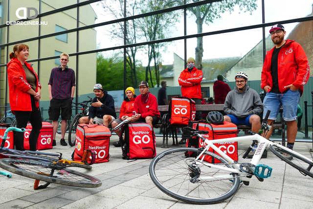 Biciklis ételfutárok