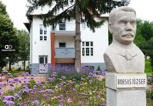Borsos-villa - Vénkert