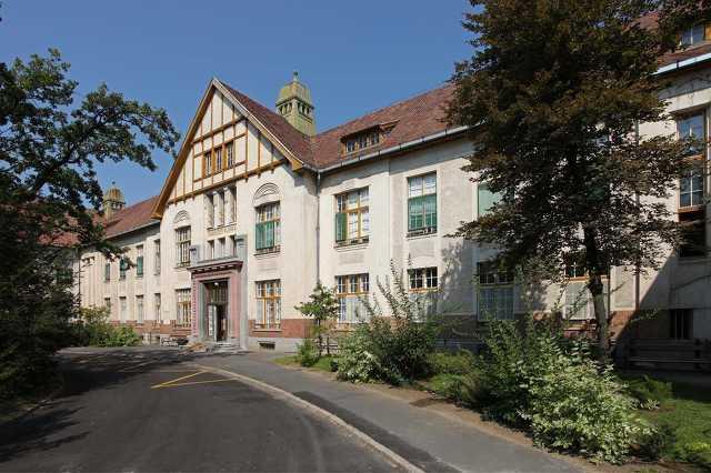 Debreceni Egyetem ÁOK Belgyógyászati Intézet Reumatológiai Tanszék