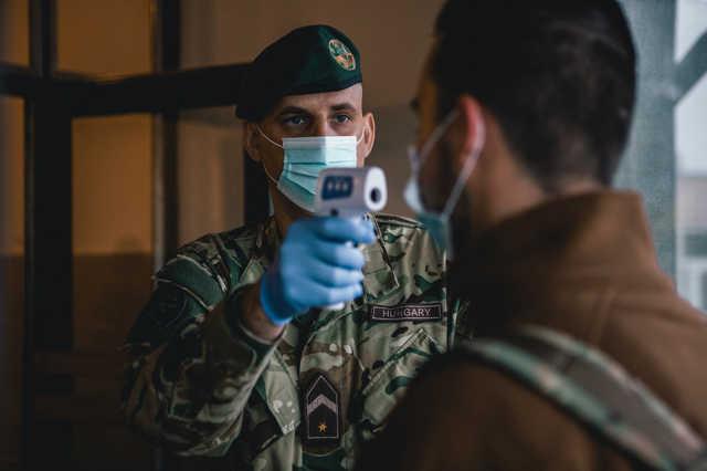 koronavírus - katonaiskola