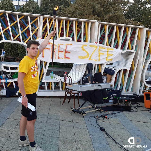 SZFE-demonstráció Debrecenben – 2020. október 4.