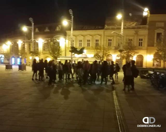 Debrecen - éjszaka - koronavírus