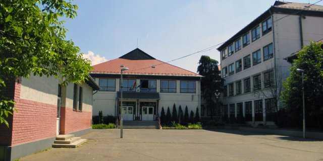 Árpád Vezér Általános Iskola - Debrecen