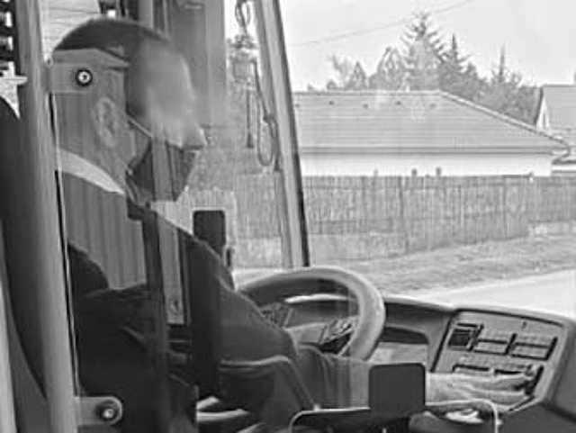 maszk - közlekedés - DKV - sofőr