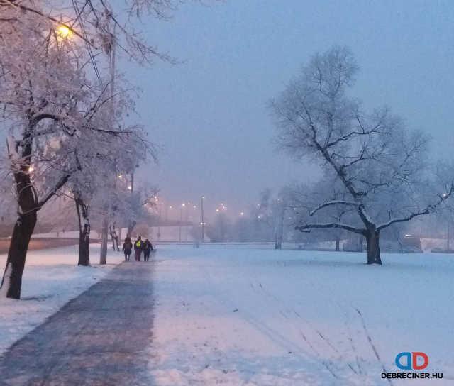 tél - hó