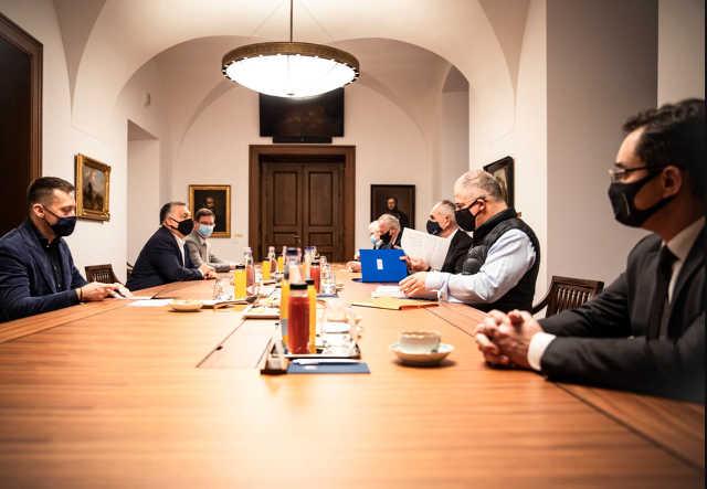 Orbán Viktor, Kósa Lajos, Papp László