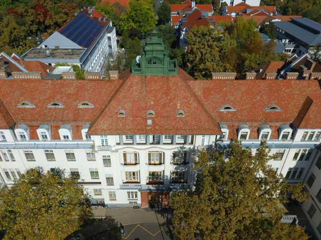 Debreceni Egyetem Klinikai Központ Szülészeti és Nőgyógyászati Klinika