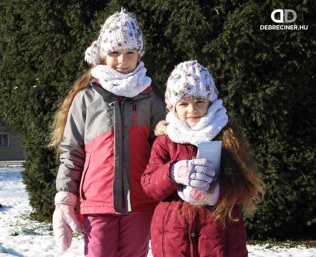 Karácsony - Szabó-Szakál lányok