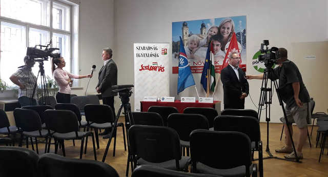 Demokratikus Koalíció - MSZP - Párbeszéd - Szolidaritás