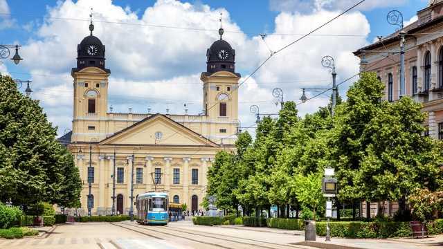CNN - Debrecen
