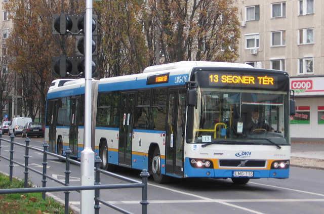 Derke - utóbusz - közlekedés
