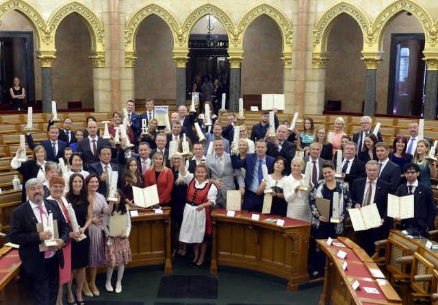 Az Érték és Minőség Nagydíj Pályázat kitüntetéseinek átadásán az Országház Felsőházi üléstermében 2021. szeptember 9-én