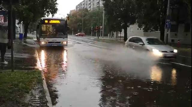 vihar - eső - közlekedés