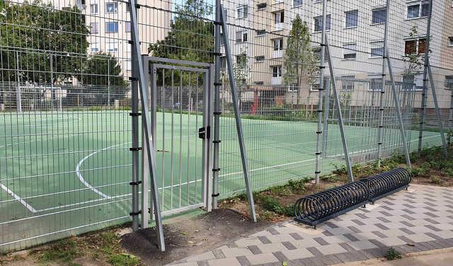 Arany János tér - focipálya