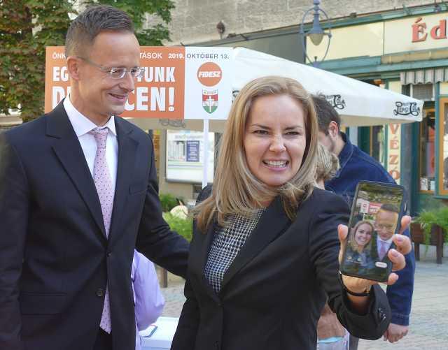 Szijjártó Péter - Fidesz - Széles Diána