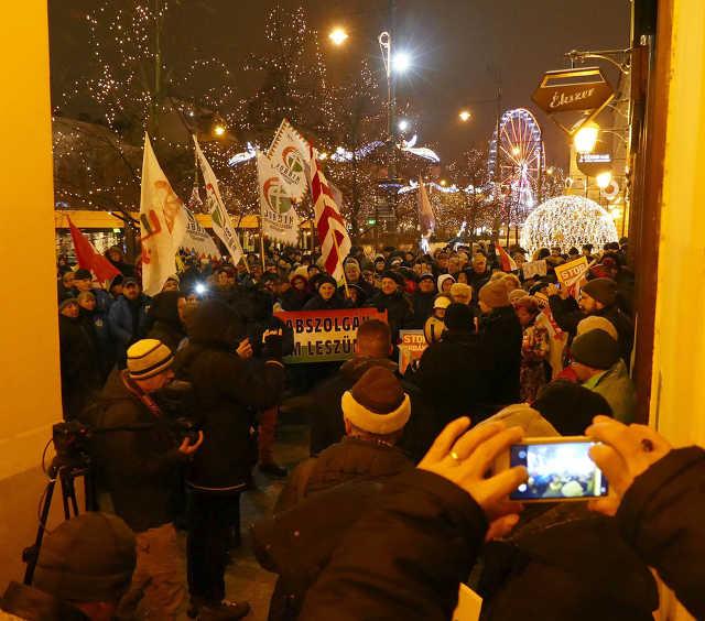 Kormányellenes tüntetés - Debrecen, 2019. január 5.