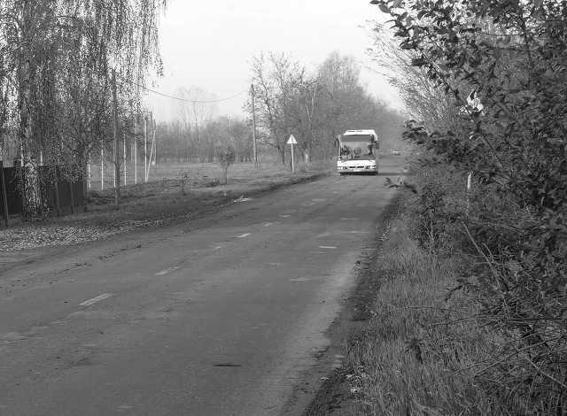 autóbusz megálló - közlekedés